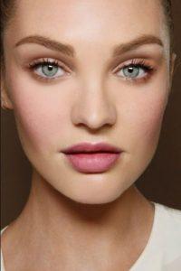 φυσικό μακιγιάζ ροζ τόνοι