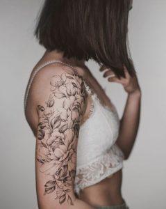 half sleeve tattoo λουλούδια