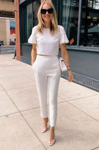 λευκό παντελόνι λευκή μπλούζα