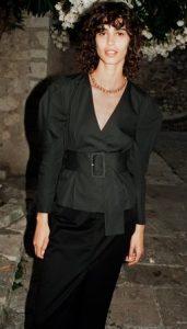 μαυρη μπλουζα φαρδια ζαρα