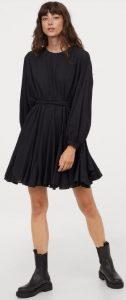 μαύρο χειμωνιάτικο φόρεμα