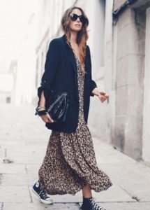 μαύρο σακάκι λεοπάρ φόρεμα σταράκια