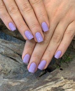 παστέλ μοβ νύχια