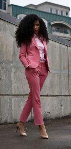 ροζ γυναικείο κουστούμι