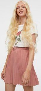 ροζ κοντή φούστα με ζώνη
