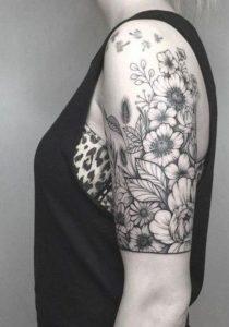 tattoo μέχρι μέση χεριού