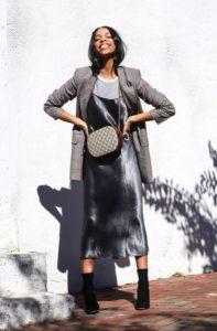 ασημί slip dress σακάκι