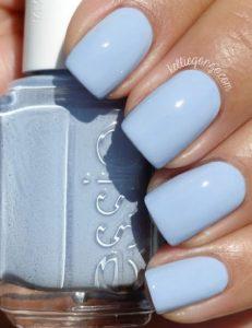 γαλάζια νύχια