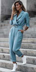 γαλάζια ολόσωμη φόρμα