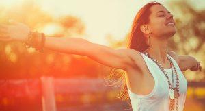 κοπέλα αναπνέει χαρούμενη χάσεις κιλά αναπνοές