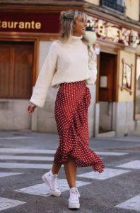 κρουαζέ κόκκινη φούστα άσπρη μπλούζα φούστες δεν πρέπει λείπουν