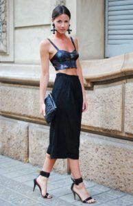 μαύρη φούστα crop top