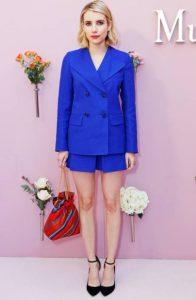 μπλε σορτς σακάκι χρώματα ρούχων ξανθιές