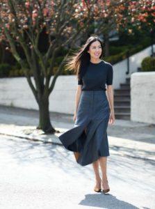 μίντι φούστα μαύρη μπλούζα