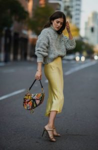 slip skirt γκρι πουλόβερ φούστες δεν πρέπει λείπουν