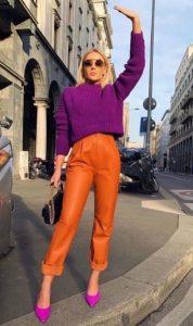 γυναικείο ντύσιμο με έντονα χρώματα