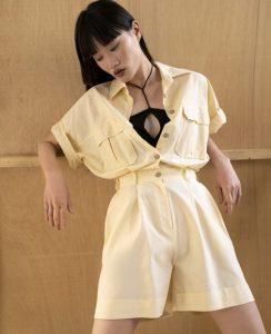 κίτρινο ντύσιμο