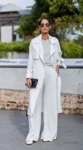 λευκό γυναικείο ντύσιμο