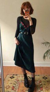 slip dress πράσινο μαύρη μπλούζα καθημερινά φορέματα