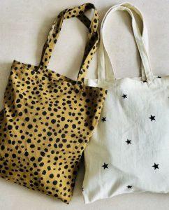 τσάντες ώμου με σχέδια