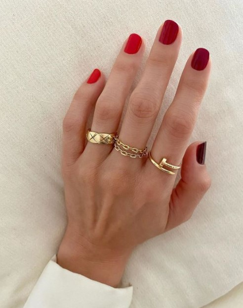gradient κόκκινα νύχια