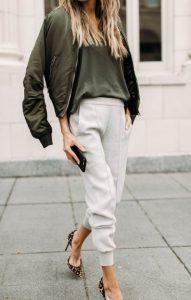 γυναικείο ντύσιμο με χακί και άσπρο χρώμα