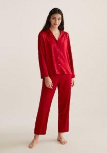 κόκκινες πιτζάμες