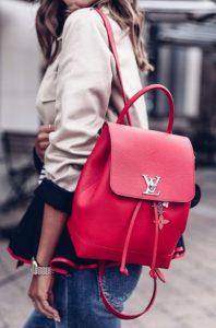 κόκκινη τσάντα πλάτης