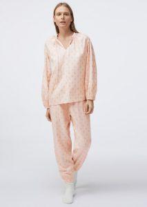λουλουδάτες πυτζάμες