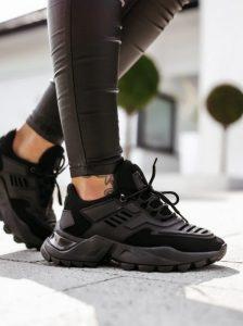 μαύρα αθλητικά sneakers