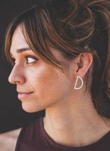 minimal ασημένια σκουλαρίκια