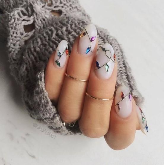 νύχια λαμπάκια ανάγλυφα
