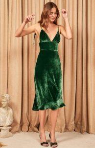 πράσινο φόρεμα τον χειμώνα