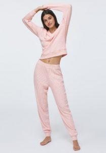 ροζ γυναικείες πιτζάμες