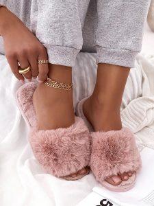 ροζ παντόφλες