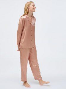 σατέν πιτζάμες