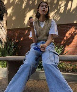 καθημερινό ντύσιμο με τζιν παντελόνι