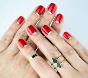 κόκκινα άσπρα νύχια