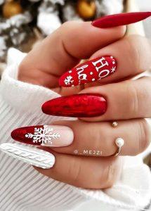 κόκκινα χριστουγεννιάτικα νύχια