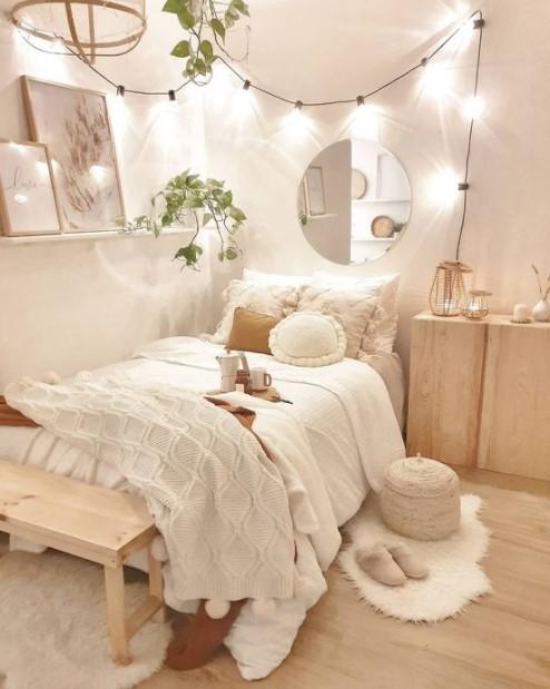κρεβάτι καθρέπτης ράφι λαμπάκια