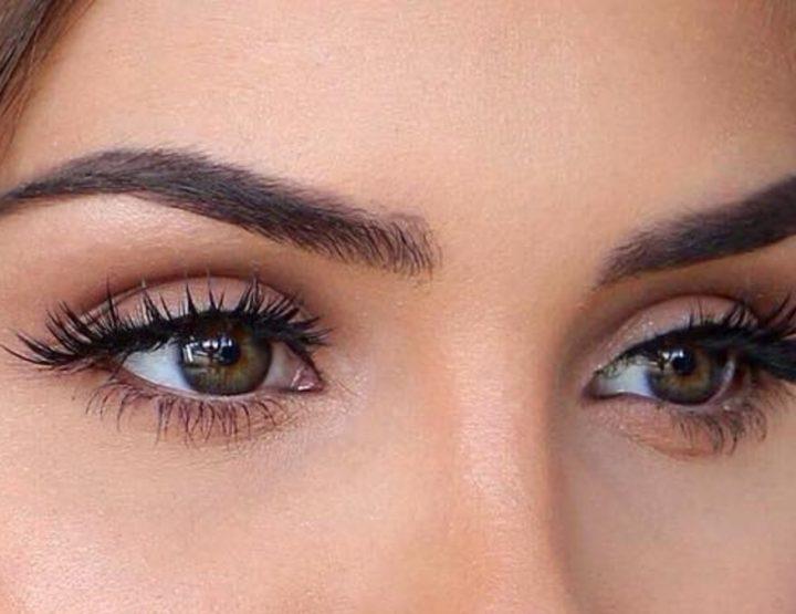 10 Μυστικά μακιγιάζ για να φαίνονται μεγαλύτερα τα μάτια σου!