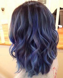 μπλε μαυρα μαλλια