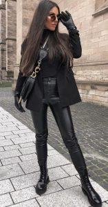 μαύρο ντύσιμο