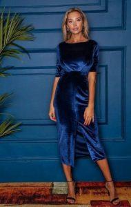 μπλε βελούδινο φόρεμα