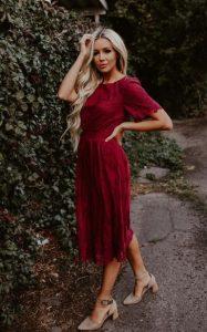 μπορντό φόρεμα