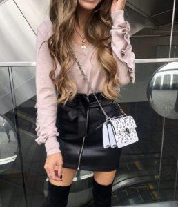 συνδυασμός ρούχων ροζ μαύρο