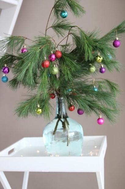 βάζο κλειδιά έλατο μπάλες διακοσμήσεις βάζα Χριστούγεννα