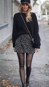 χειμωνιάτικο ντύσιμο με φούστα και πουλόβερ