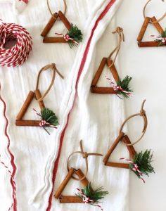 χριστουγεννιάτικα στολίδια με ξυλάκια κανέλας