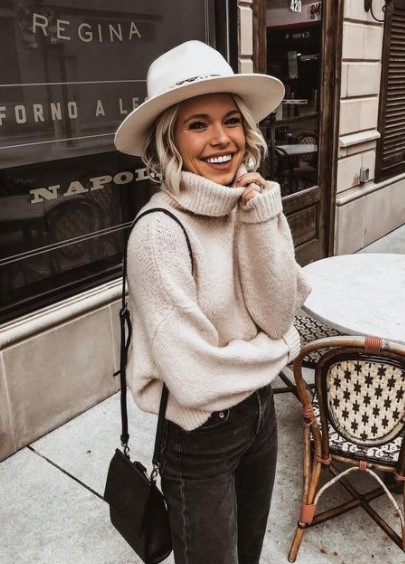άσπρο καπέλο πουλόβερ καθημερινό ντύσιμο κρύο